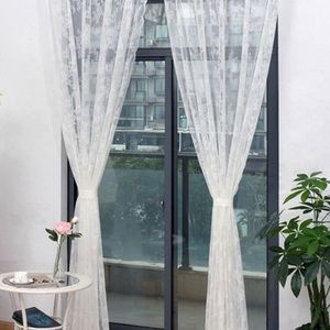 Sheer lace curtains, 200 x 150 cms